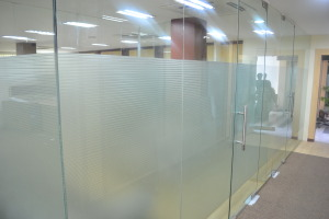 Anand Rathi meeting rooms(floor to ceiling glass partition)