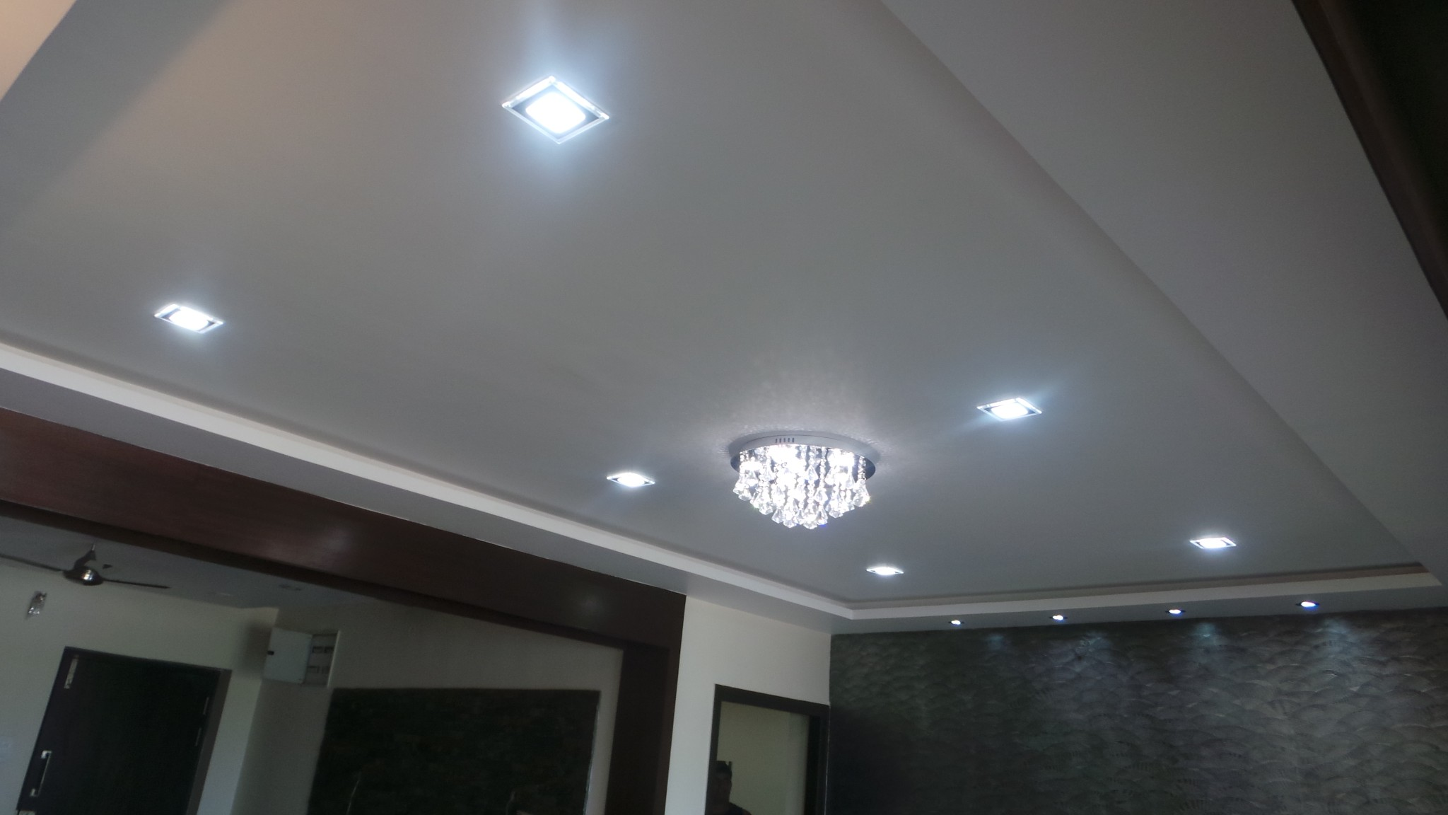 Tv In Dining Room False Ceiling Interior